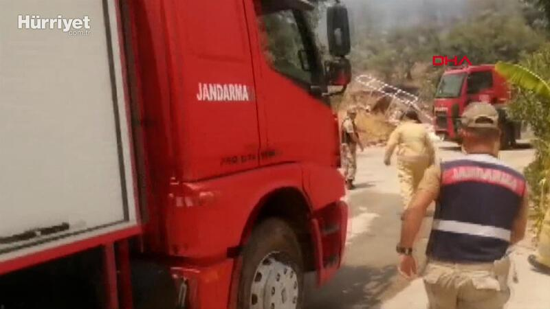 Jandarma, 2 bin 630 personel, 339 araç ve 6 helikopterle yangınlara müdahale ediyor