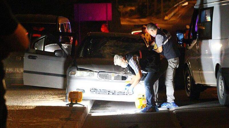 Otomobilden zorla indirildi, bir başka otomobilin çarpmasıyla can verdi