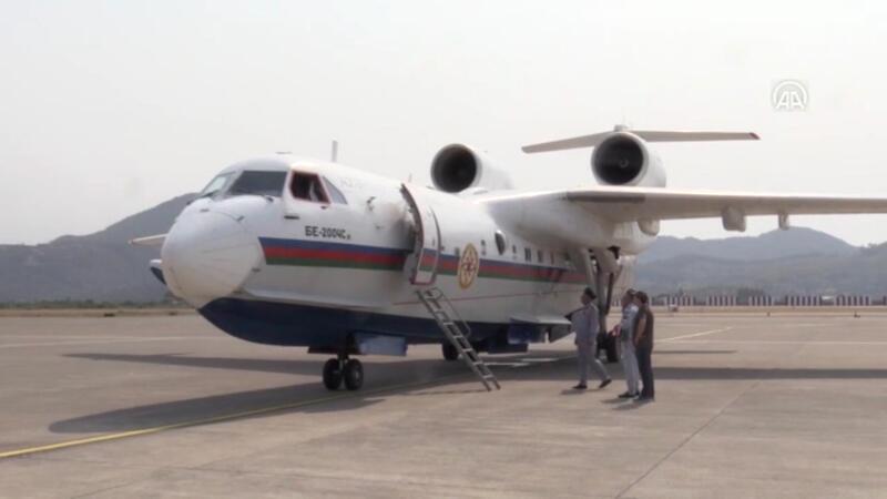 Azerbaycan'dan gelen amfibi uçak Dalaman Havalimanı'na indi