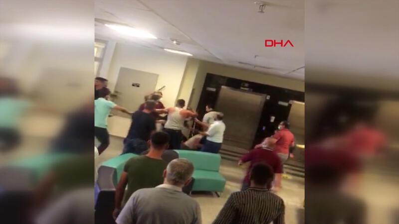 Güvenlik görevlileri ile hasta yakınları arasında 'maske' kavgası 8 yaralı