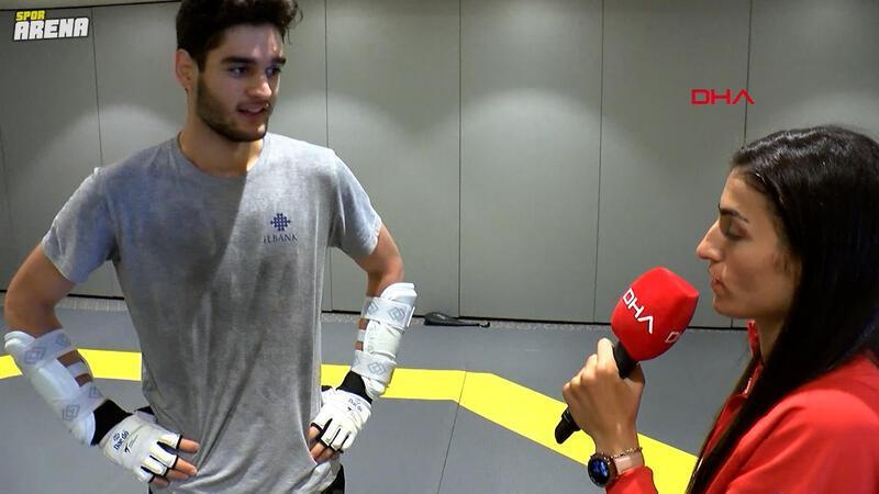 Olimpiyat 3'üncüsü milli sporcu Hatice Kübra İlgün, gazeteciliğe soyundu