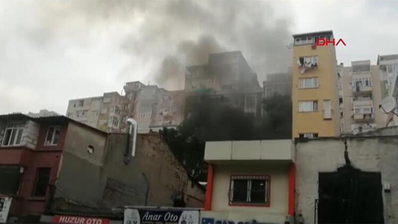Şişli'de iki otomobil tamirhanesinde yangın