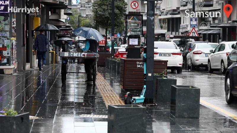 Samsun'da sağanak yağış etkili oldu
