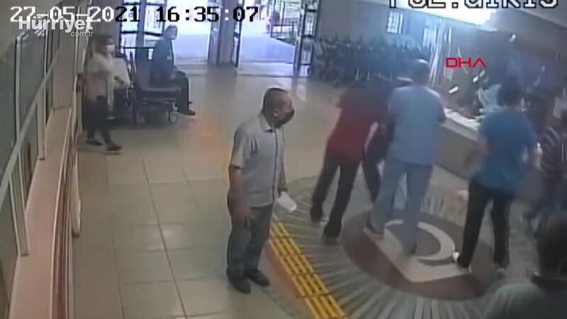 DoktorErtan İskender'i güvenlik görevlilerinin gözü önünde bıçaklamış