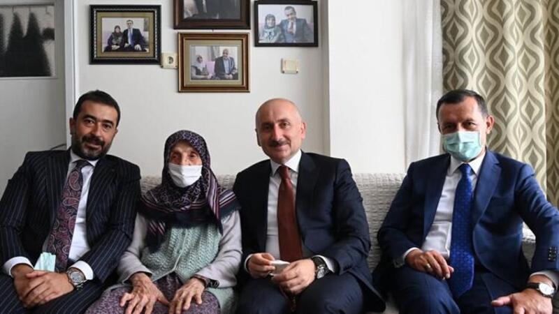 Bakan Karaismailoğlu, Kızılcahamam'da şehit ailesini ziyaret etti