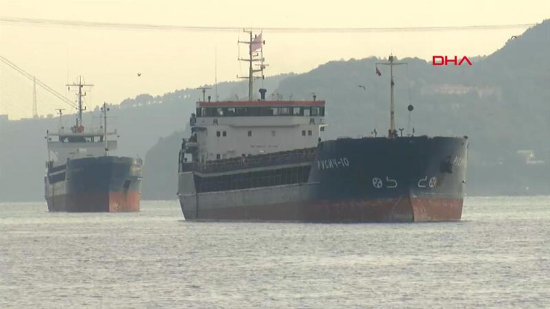 Yeniköy'de Türk ve Rus bandıralı 2 gemi çarpıştı