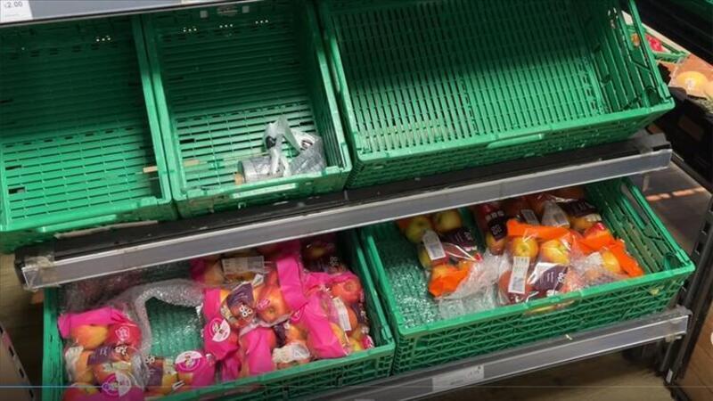 İngiltere'de marketlerde tedarik sorunu