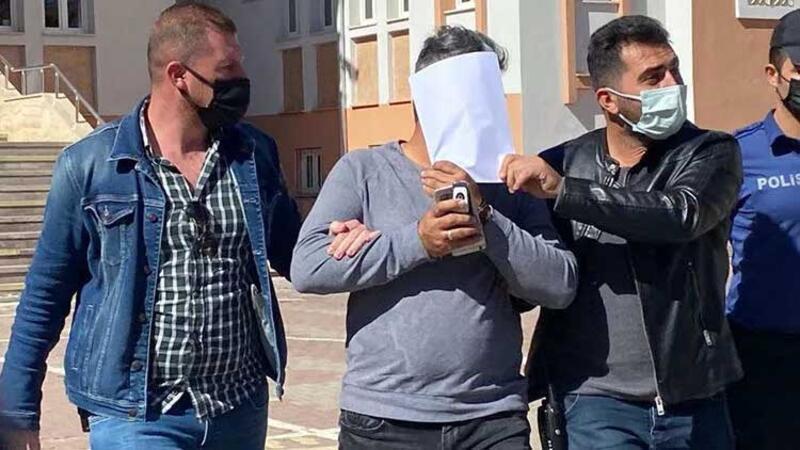 Sivas'ta okul bahçesine park tartışmasında müdürü darbetti