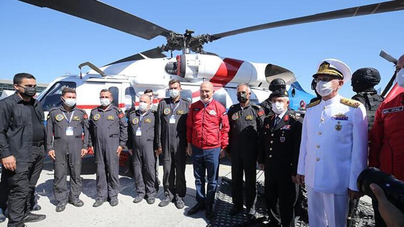 İçişleri Bakanı Soylu, TEKNOFEST'i ziyaret etti