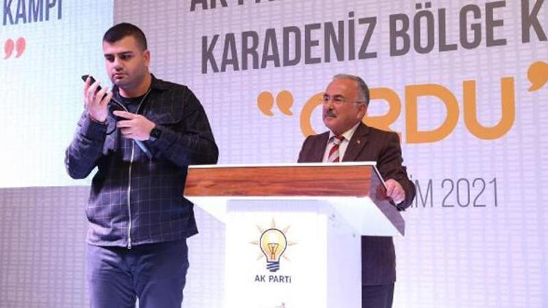Cumhurbaşkanı Erdoğan, partisinin gençlik kolları toplantısına telefonla katıldı