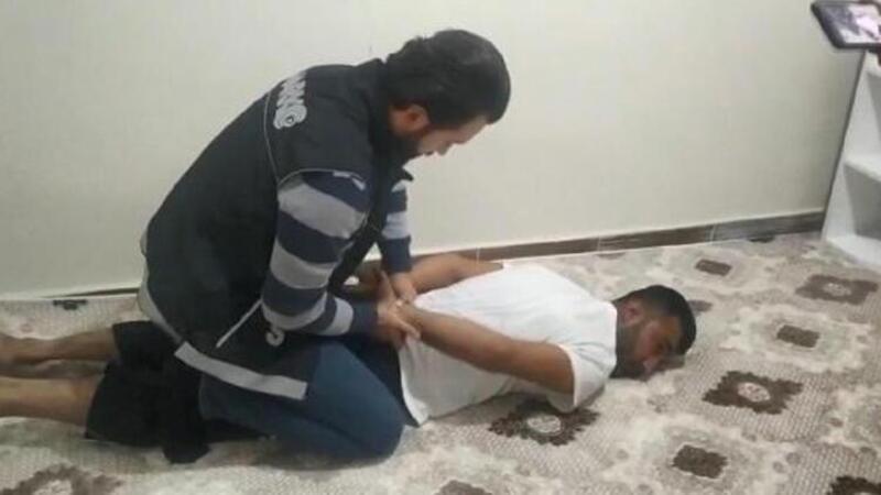 Viranşehir'de 'torbacı'operasyonu: 12 gözaltı