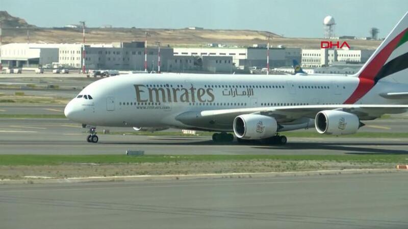 Londra-Dubai seferini yapan dev uçak, İstanbul Havalimanı'na acil iniş yaptı