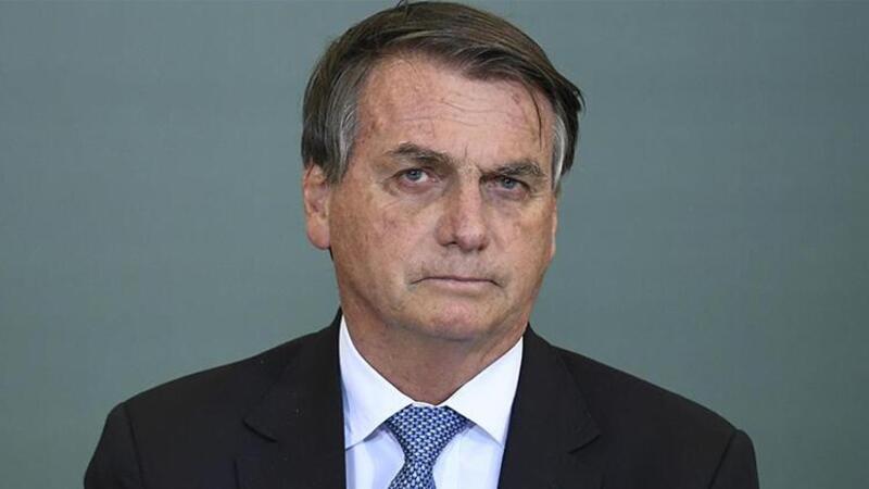 Brezilya Devlet Başkanı Kovid-19 aşısı olmadığı için futbol maçına alınmadı