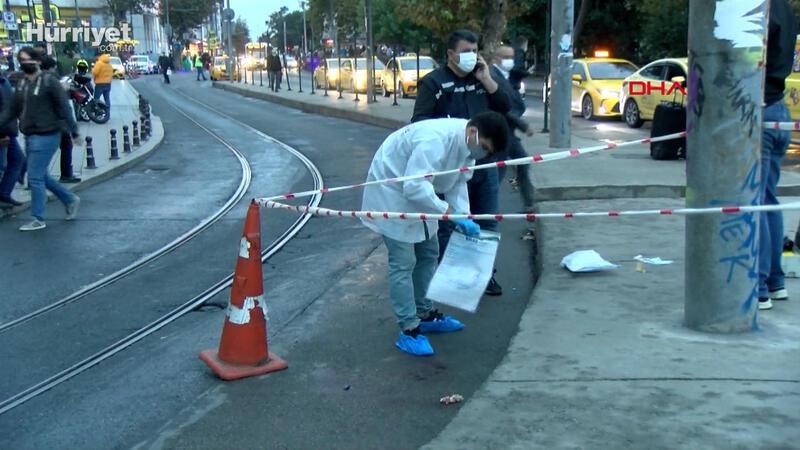 Kadıköy'de yol ortasında bıçaklayıp  öldürdü; 'töre cinayeti' dedi