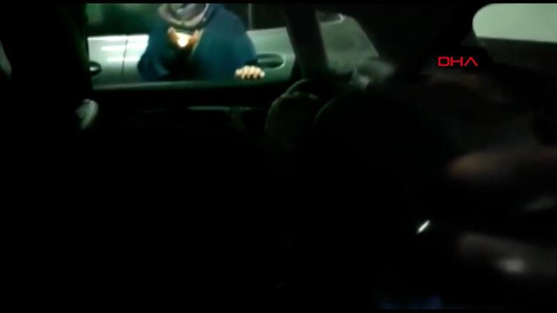Esenler'de otomobilde kilitli kalan 1 yaşındaki Nedim'i itfaiye kurtardı