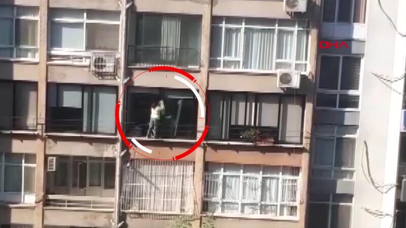4'üncü kat pencere pervazında ölümüne temizlik
