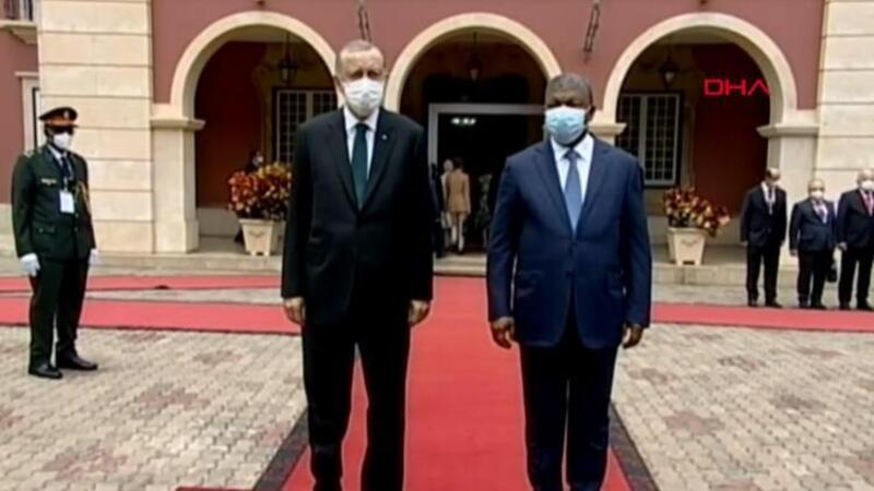 Cumhurbaşkanı Erdoğan, Angola'da! Resmi törenle karşılandı