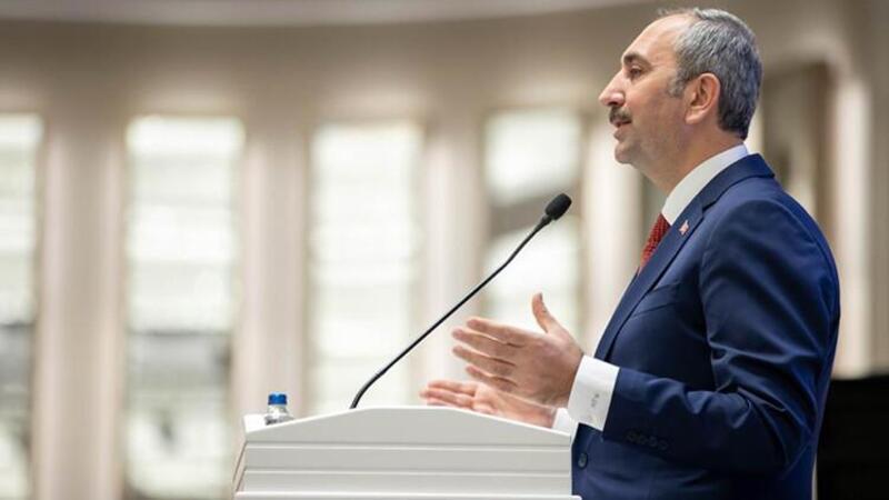 Bakan Gül: Milletimiz yeni ve sivil bir anayasaya ihtiyaç duymaktadır