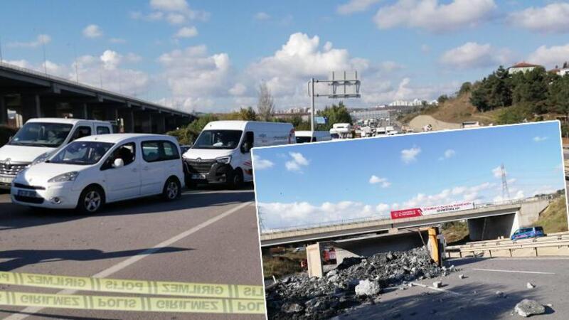 Sancaktepe'de hafriyat kamyonu yan yattı