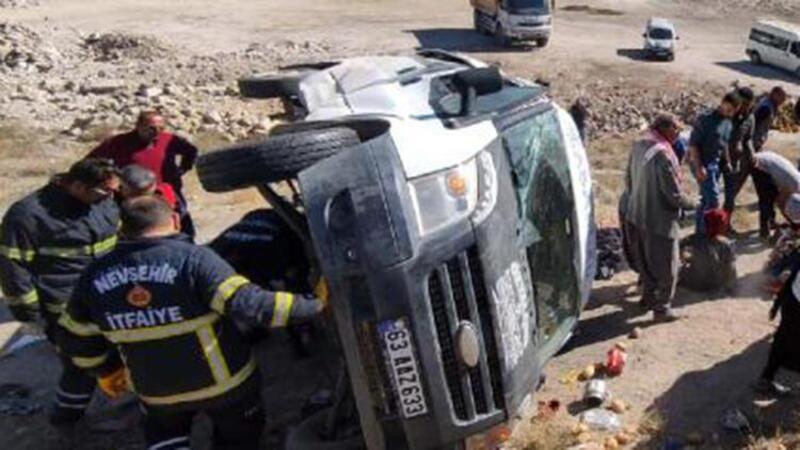 Nevşehir'de tarım işçilerinin minibüsü devrildi