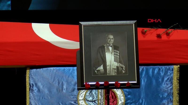 Prof. Dr. Orhan Oğuz, son yolculuğuna uğurlandı