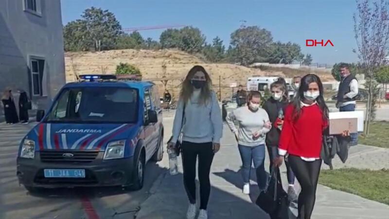 Bilecik'te üniversite öğrencileri mide bulantısı ve kusma şikayetiyle hastaneye kaldırıldı