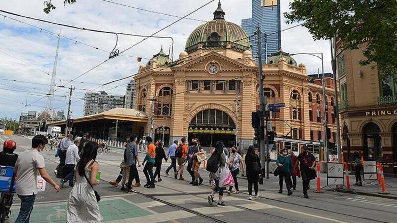 """Avustralya'nın Melbourne kentinde """"dünyanın en uzun tam kapanması"""" sona erdi"""