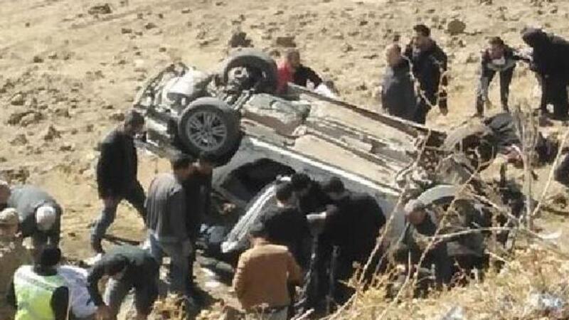 Bingöl'de şarampole devrilen otomobildeki 3 kişi öldü, 3 kişi yaralandı